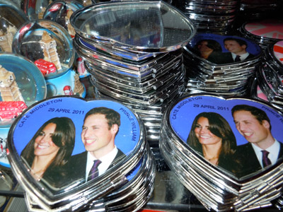 Royal Wedding Heart Paper Weights and Buttons