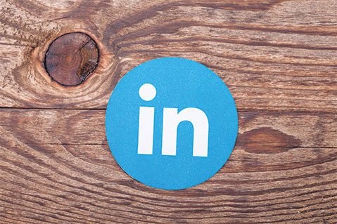 How To Use LinkedIn to Reach Key People